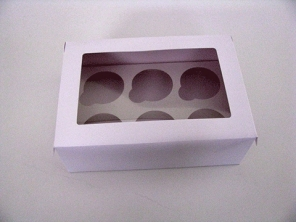 http://www.houseofcakes.pt/496-thickbox_default/caixa-branca-6-cupcakes.jpg
