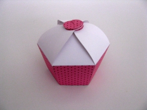 http://www.houseofcakes.pt/508-thickbox_default/caixa-1-cupcake.jpg